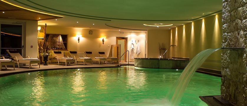 Hotel Sun Valley Indoor Pool.jpg